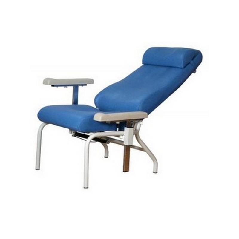fauteuil de repos cayeux avec accoudoirs r glables. Black Bedroom Furniture Sets. Home Design Ideas
