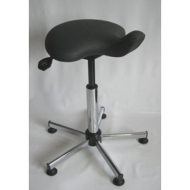 Selle médicale assise galbée réglable en inclinaison